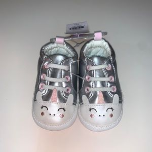 Carter's Baby Girl Unicorn Shoes Size 6-9 Months